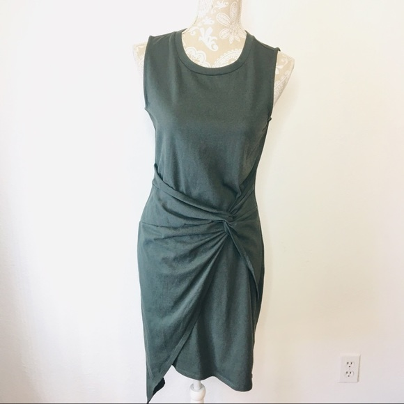 Chelsea28 Dresses & Skirts - Chelsea28 Twist Front Knot Dress Green Large LQ131